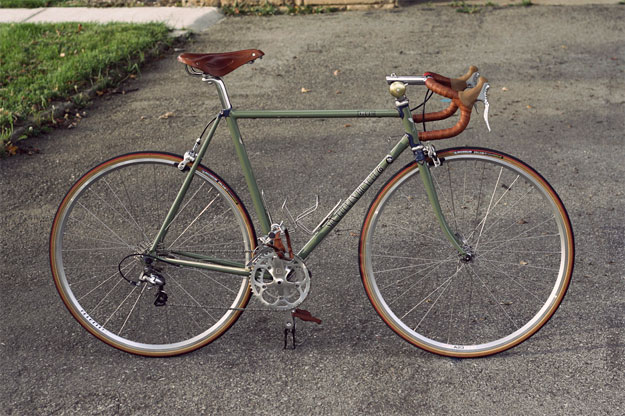 Six-Eleven Bicycle Co. Classic Road