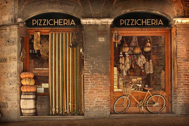 Ride and Seek Pizzicheria