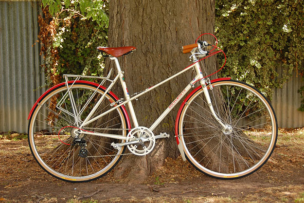 Holdsworth Lady Mistral