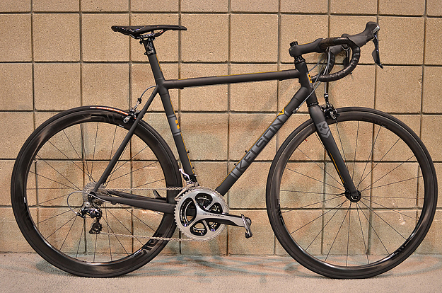 kelson-custom-cycles-carbon-road-1