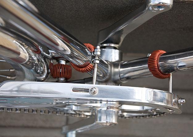 detail Chrome Porteur