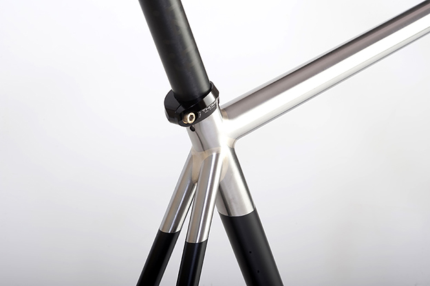 Donhou Cycles Leica Track