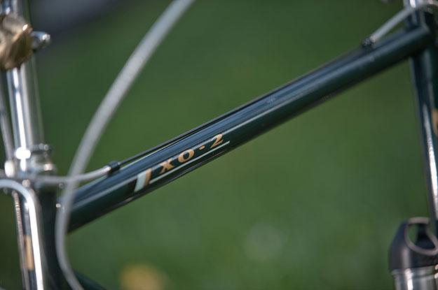 Bridgestone XO-2