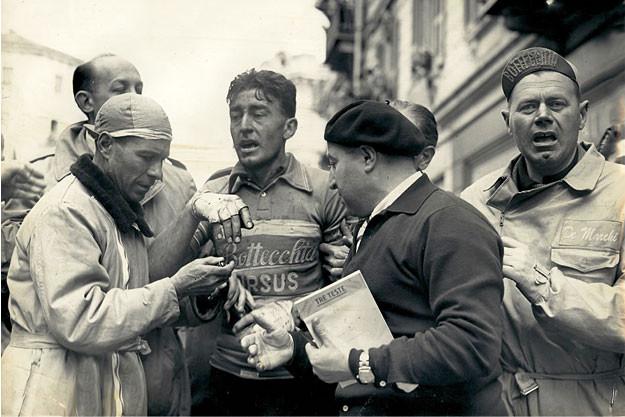 De Marchi Cycling Apparel