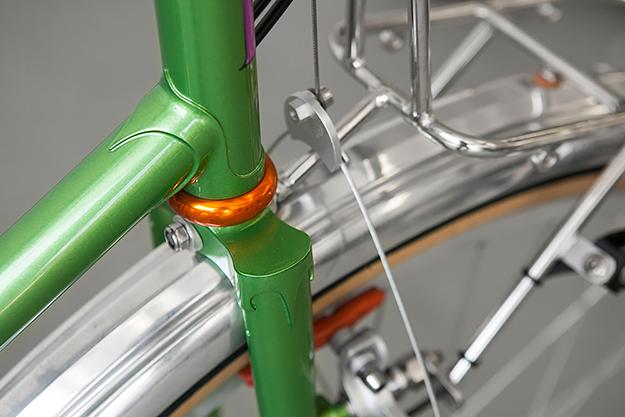 A Pair of Royal H Cycles
