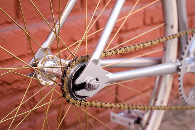 Airtight Cycles Möbius