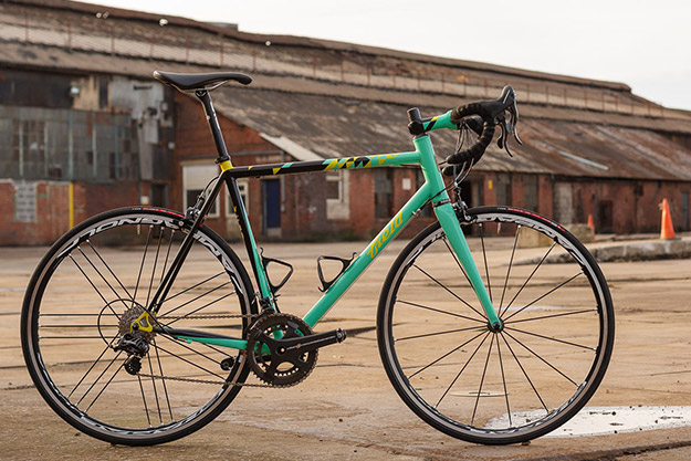 Field Cycles Super Record Road