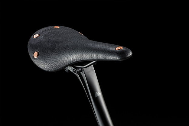 Dashing Bikes: Brooks 150th Anniversary