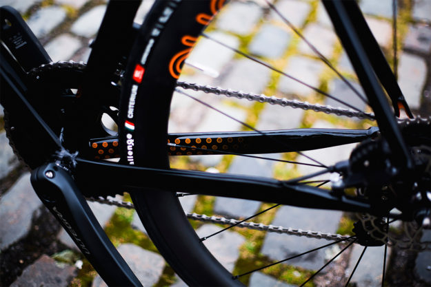 Orange And The New Black: August Bicycles Di2 Road