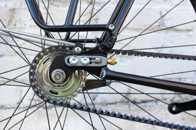 Nine Lives, Cat's Eyes: Donhou Bicycles Black Commuter