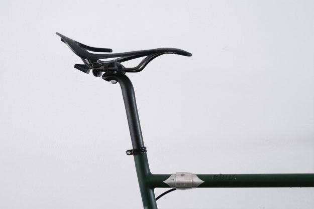 Passport, Check, Bikecheck: Elian Cycles Escape