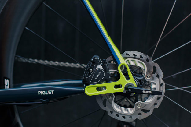 The Flying Piglet: Rory's Field Cycles Di2 Disc Road