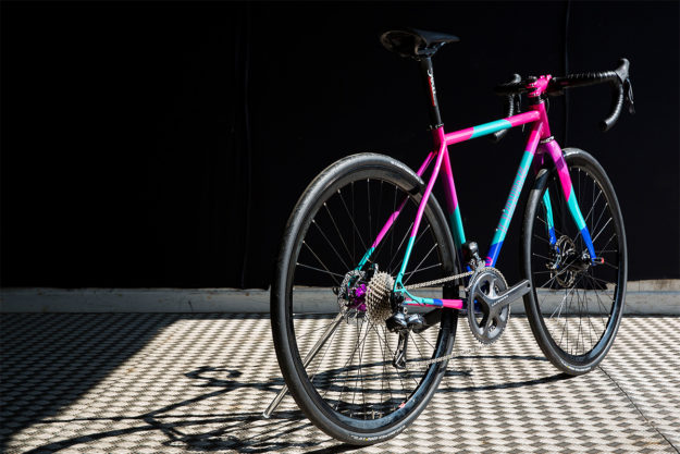 Take The High Road: Quirk Cycles TCR Dazzler