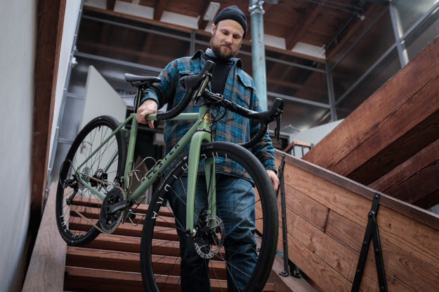 Three Fiets High And Rising: Lester Cycles Grinder