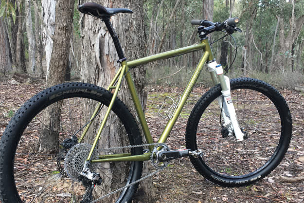Green And Gold: Gellie Customs 27.5 MTB