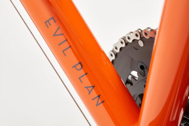 Orange Is The New: St Joris Cycles Road