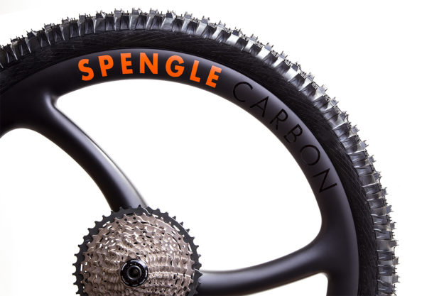 Tri-Blade Area: Spengle Carbon MTB Wheels