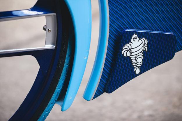 La Vie En Bleu: Bugatti Chiron Bicycle